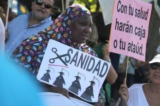 1698584-La_Marea_Blanca_llena_de_nuevo_las_calles_de_Madrid_por_la_sanidad_publica_Version1